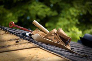 Regelmäßiger DachCheck erhält Versicherungsschutz